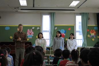 新しい先生です♪